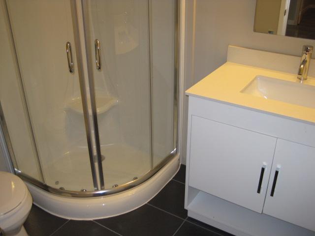 Ensuite Bathroom Guelph guelph pads - gordon street (rented)